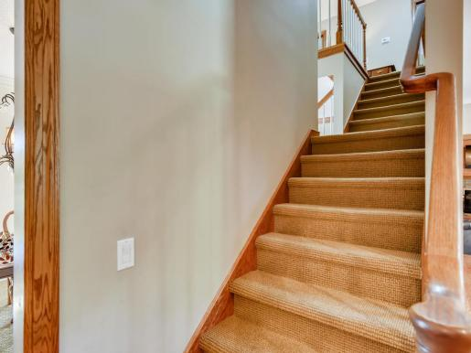 2000 Autumn Place Roseville MN-012-009-Stairway-MLS_Size
