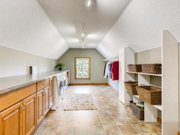 2000 Autumn Place Roseville MN-020-019-2nd Floor Laundry Room-MLS_Size