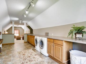 2000 Autumn Place Roseville MN-021-016-2nd Floor Laundry Room-MLS_Size